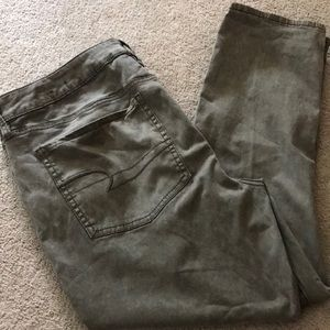 American Eagle AEO Sateen Jegging Crop Size 18